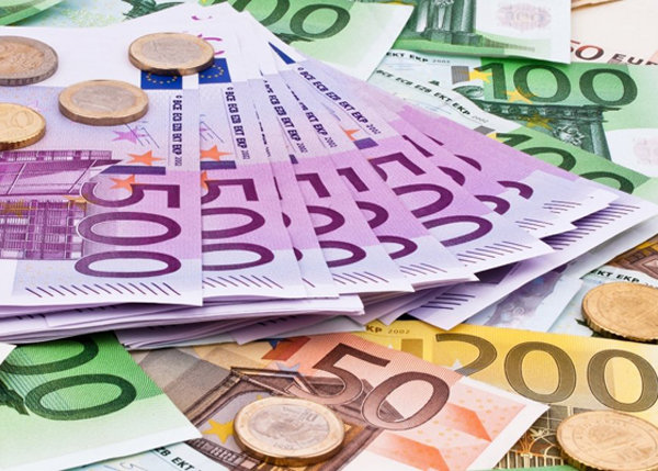 یورو کاهشی و پوند افزایشی پیش رفت