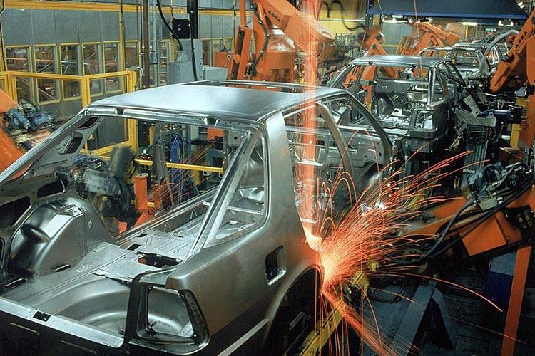 پیش بینی رونق صنعت خودرو در بازار سرمایه