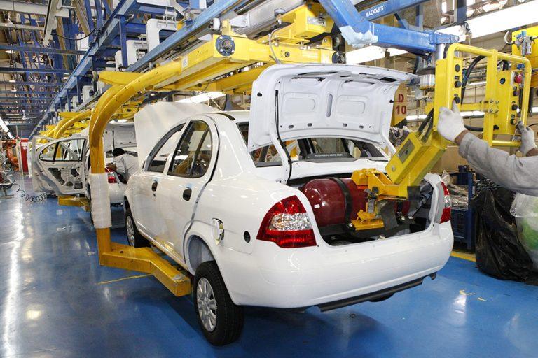 خودرو لیدر بازار می شود؟