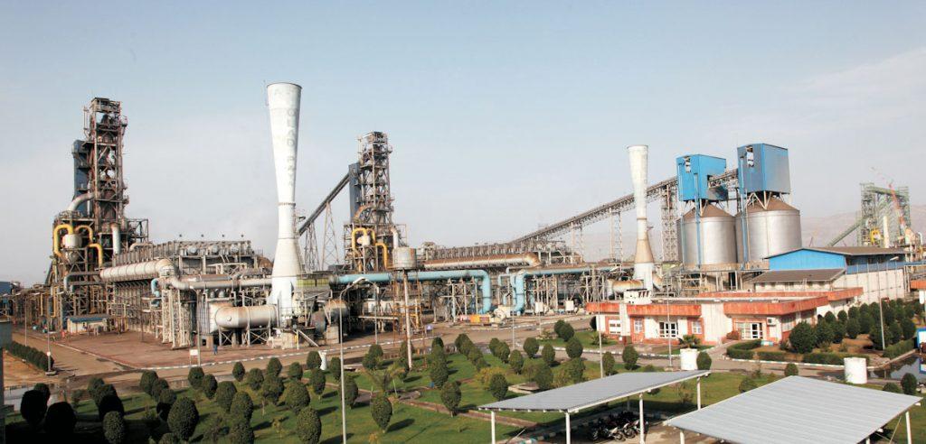 رشد ۲۳۵ درصدی درآمد فروش فولاد هرمزگان در فروردین ۹۸