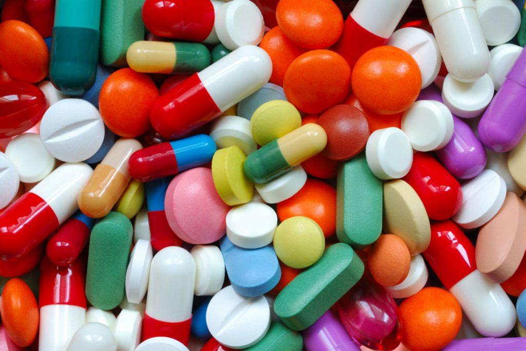 رشد بازار دارو در ایران تا ۱۴۰۰