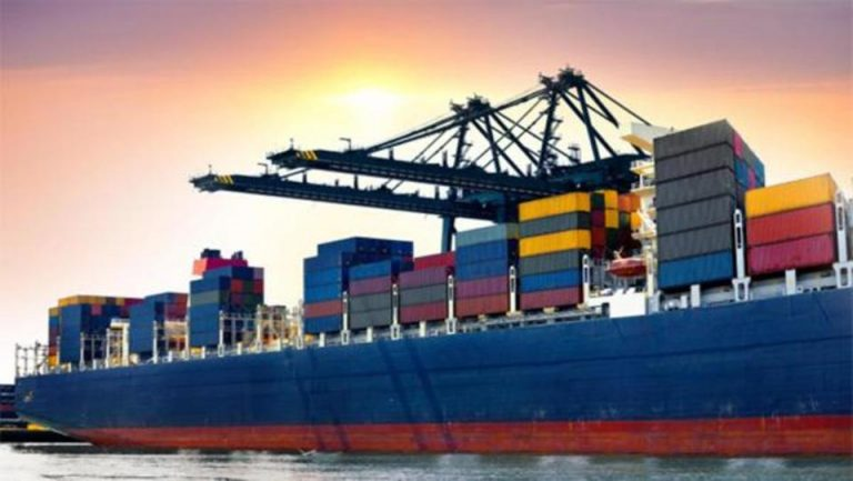 کاهش صادرات در فروردین ماه ۹۸