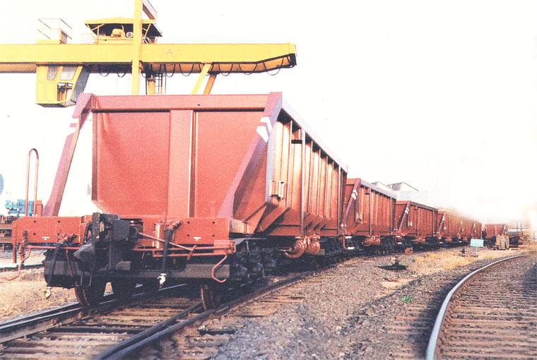 اقتصاد معدن از روی ریل می گذارد