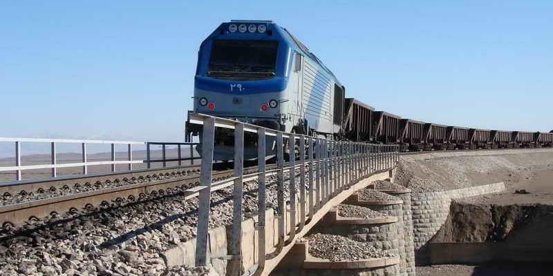 گسترش همکاری بانکی برای اجرای پروژههای حملونقل ریلی