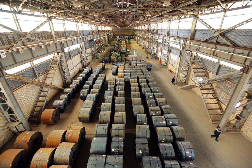 انعطاف وزارت صمت در گره نزدن صادرات فولاد به عرضه داخلی
