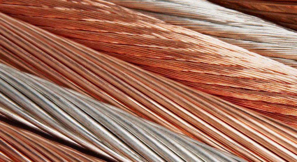 بررسی تغییرات فلزات اساسی در بازارهای جهانی