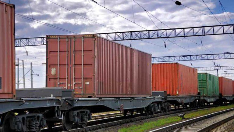 نرخ بازده دارایی و صنعت حمل و نقل