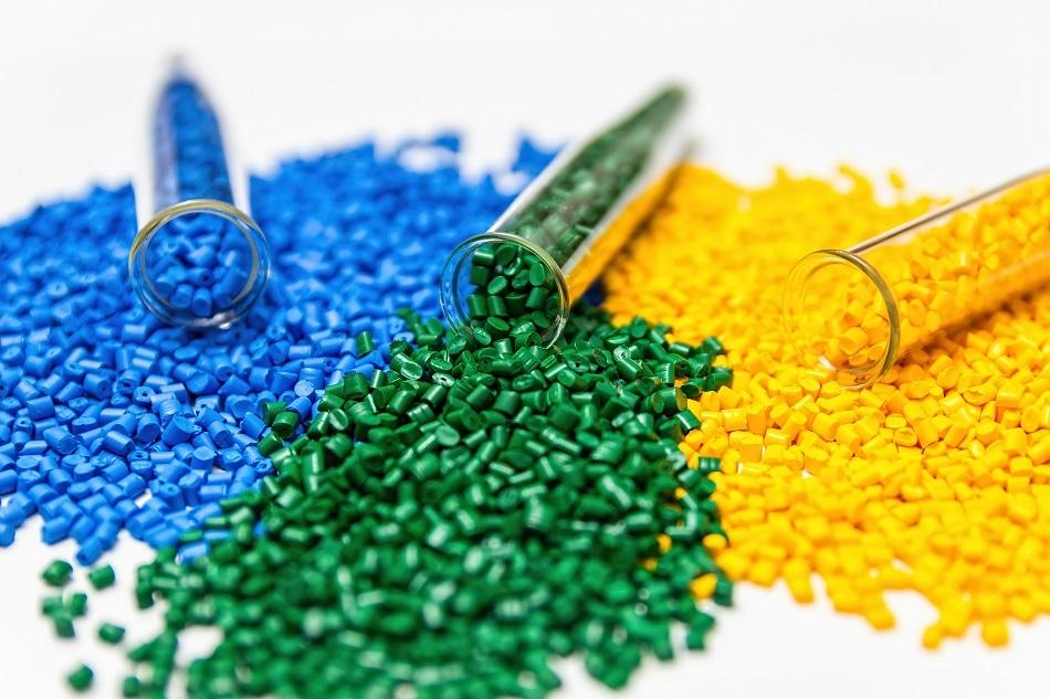 معامله ۲۷ هزار تن مواد پلیمری در بورس کالا