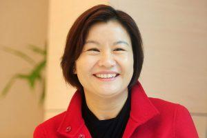 """آشنایی با """"ژو کونفی"""" مدیرعامل یک شرکت لنز تکنولوژی"""