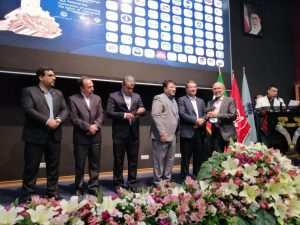 :boom:فولاد خوزستان موفق به دریافت تنديس نقره ای رعایت حقوق مصرف کنندگان شد