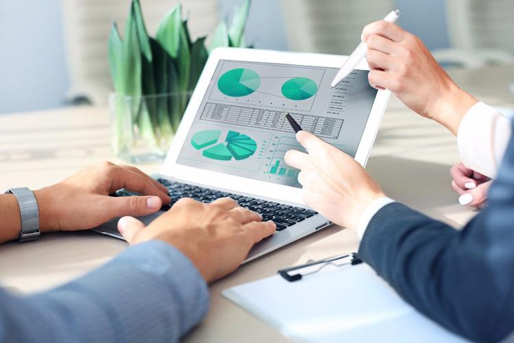 توسعه فعالیت کارگزاری آینده نگر خوارزمی در پی رشد ۳۳۲ درصدی درآمد