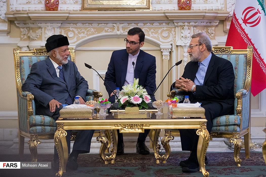 دیدار وزیر امور خارجه عمان با علی لاریجانی