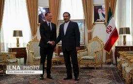 دیدار مشاور دیپلماتیک رئیس جمهور فرانسه با علی شمخانی