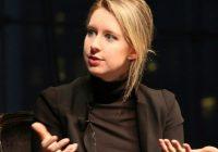 """آشنایی با """"الیزابت هولمز"""" کارآفرین در فناوری سلامت"""