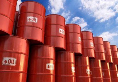 بازار نفت همچنان با مازاد عرضه مواجه است
