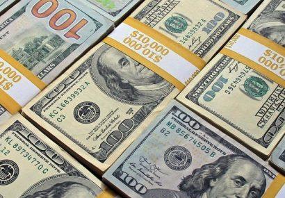 دلار به سوی کانال ۱۶ هزار تومان رفت