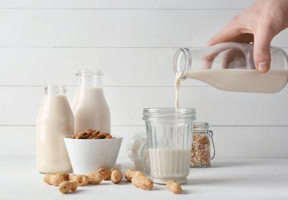 رشد ۱۲۰ تنی تولید روزانه شیر با بهره برداری از طرح «زقیام»