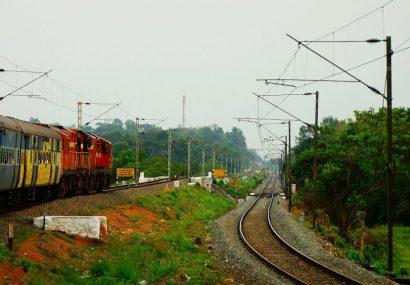 لغو عرضه اولیه روز چهارشنبه سهام شرکت ریل پرداز نوآفرین